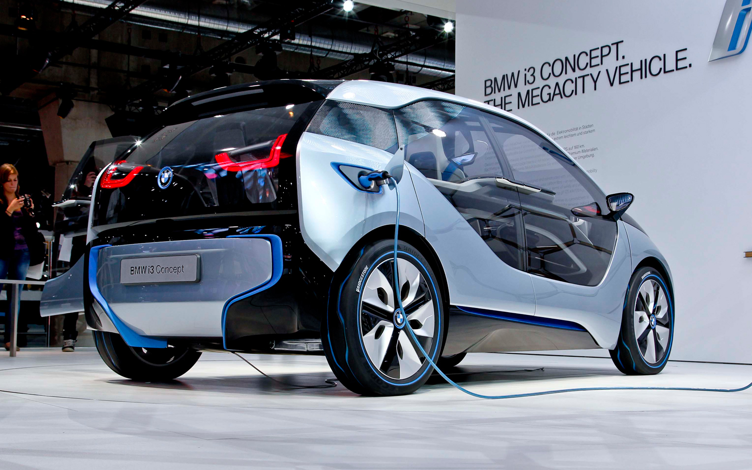 BMW i3 ActiveAssist